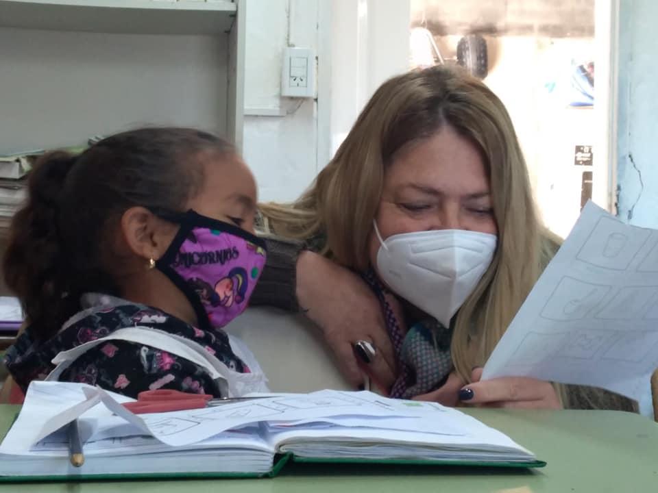 La Intendente Alejandra Dupouy compartió momentos con alumnos del CER La Emilia